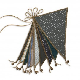 MIX GREEN AND BLUE FLAG GARLAND - NUMERO 74