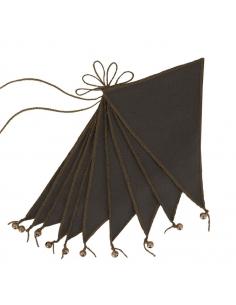 Guirlande de Fanions, Taupe